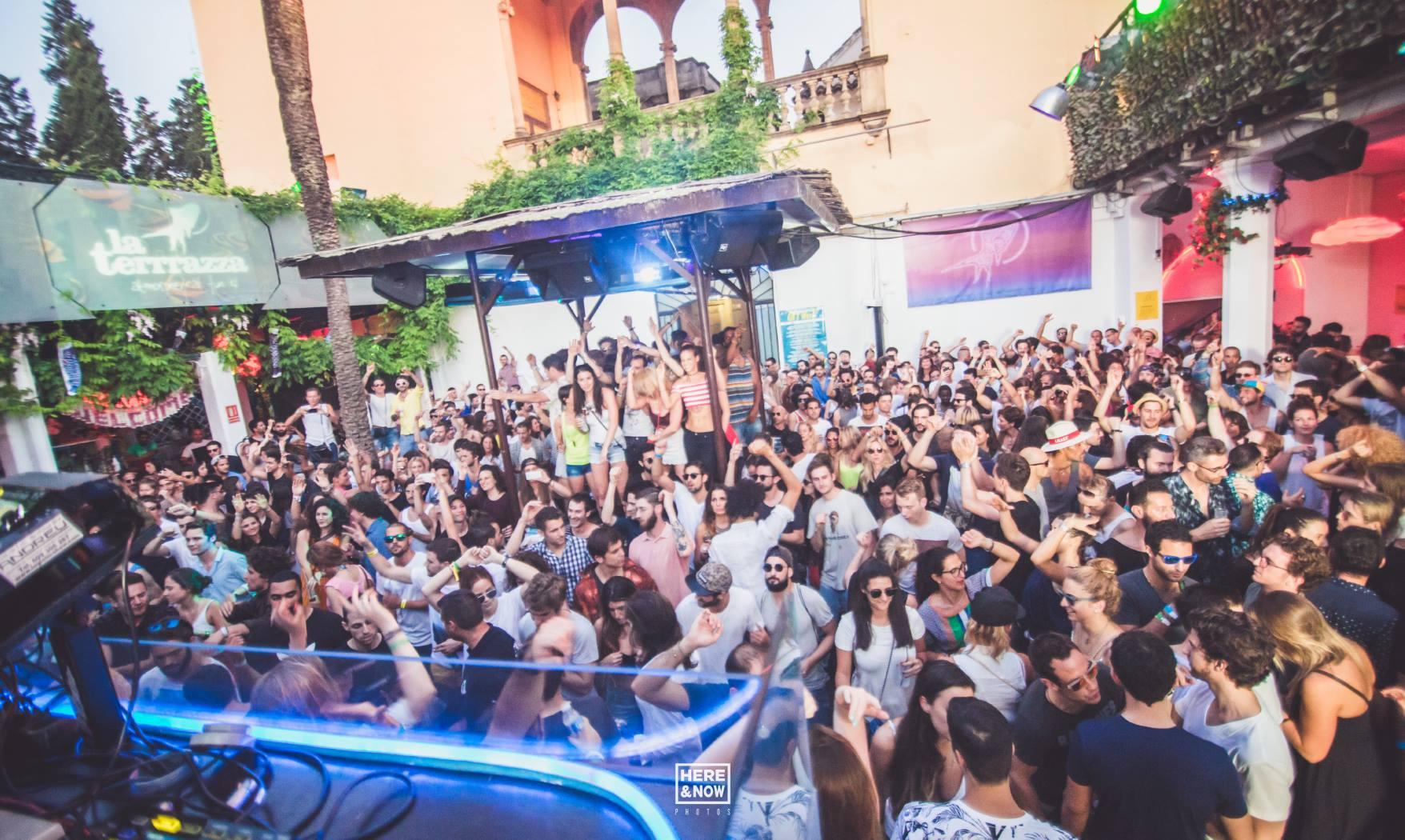 La Terrrazza Barcelona Atmospherical Fun Club Events
